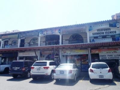 Vendo Local Esquina C.C Cariean Center Lecheria. 17m2.