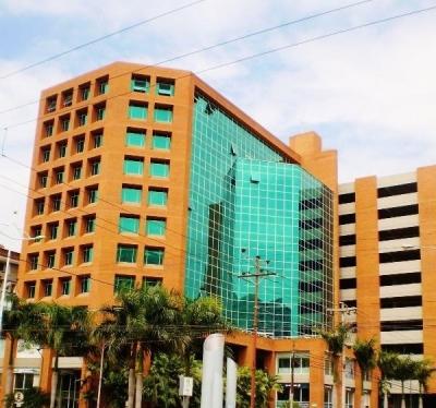 Oficina en Alquiler en el Centro Empresarial Lecheria