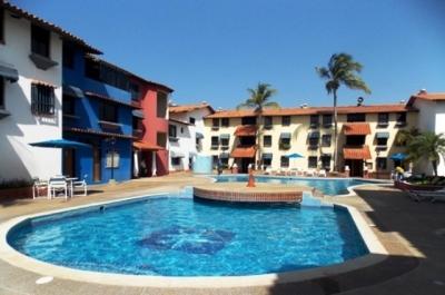 Alquilo Diario Cómo y Amoblado Apartamento Res. Puerto Banus. Lecheria. 2 Habitaciones