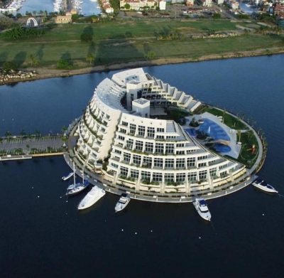 Residencias Isla Paraíso Yacht Club