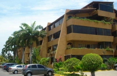 Puerto Príncipe. Edificio Tanis