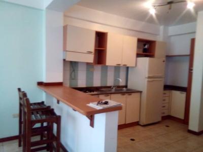 SE ALQUILA apartamento en VIENTOS DEL MAR