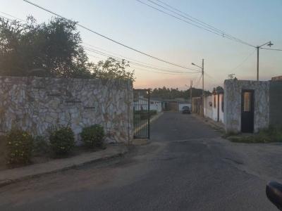 CASA CAÑAFISTOLA I, VILLA SANTA ANA