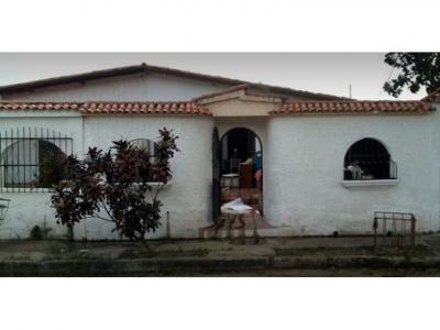 Century21 San Diego.  Venta de Casa en Los Guayos - EL ARAGUANEY