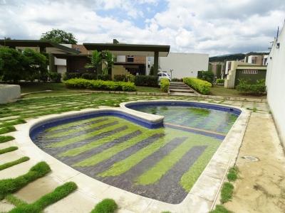 Para Estrenar TownHouse Ubicado En El Rincón
