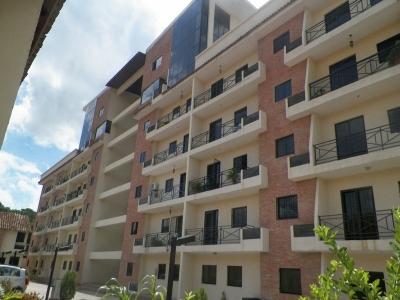 Apartamento de gran oportunidad en Naguanagua con acabados de primera EMB-A-37