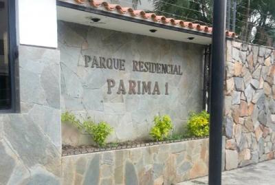 Se Vende Apartamento Urb. La Granja Naguanagua de 90 M2 - RAP42