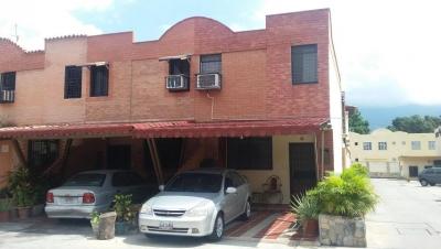 VENTA TOWNHOUSE EN NAGUANAGUA
