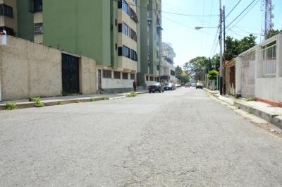 Terrena en Venta en el Casco Central de Naguanagua con proyecto aprobado, 389 m2