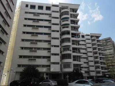 Amplio Apartamento en venta en Mañongo