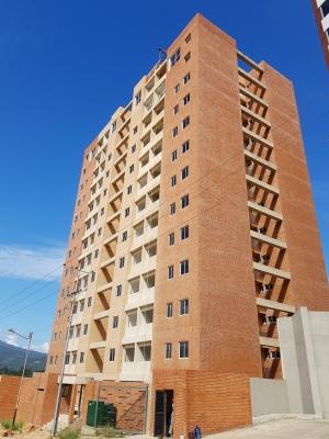 Pre-Venta de Apartamento. Ubicado En Urb. Terrazas del Manantial, Naguanagua, Edo. Carabobo.