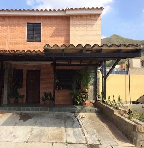 Al Mejor precio delMercado, Townhouse en Mañongo, Carabobo