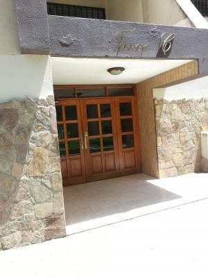 Apartamento en venta en Res.La Paz Naguanagua