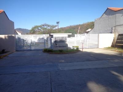 Town House en venta en Tazajal Naguanagua Cod  Flex-18-2185