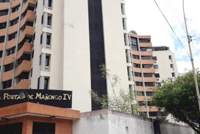 Penthouse Venta Resid. Portales de Mañongo IV en Naguanagua - RPH2