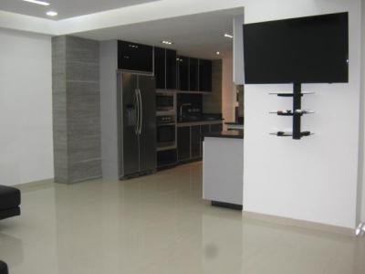 Se Vende Apartamento El Rincon Naguanagua  MLS #18-13533