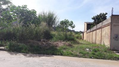 EXCELENTE PARCELA EN VENTA DE USO RESIDENCIAL . MANANTIAL NAGUANAGUA