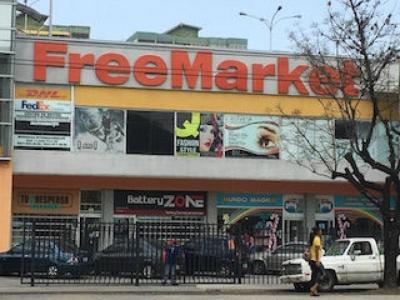 Venta de Local Comercial FreeMarket Naguanagua.