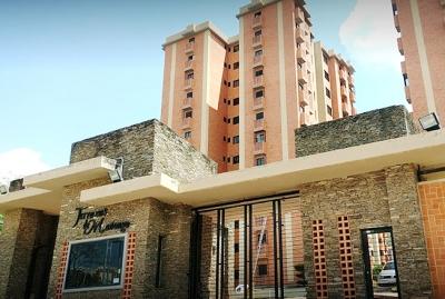 Alquiler de Apartamento Amoblado Urb. Mañongo - RAP73