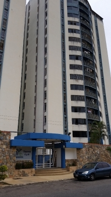 En venta bello apartamento en Villa Jardin, Mañongo.
