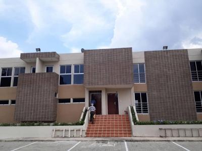 aparto-Villa en venta en Altos de Aricagua El RIncon