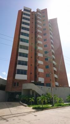 Muy Bello apartamento en El Manantial Vende RE/MAX