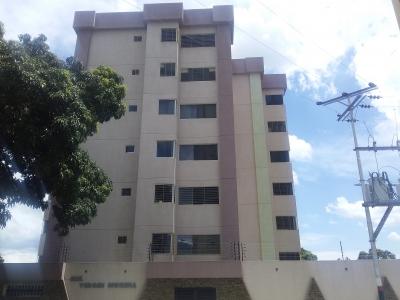 Apartamento en Alquiler en Virgen Morena