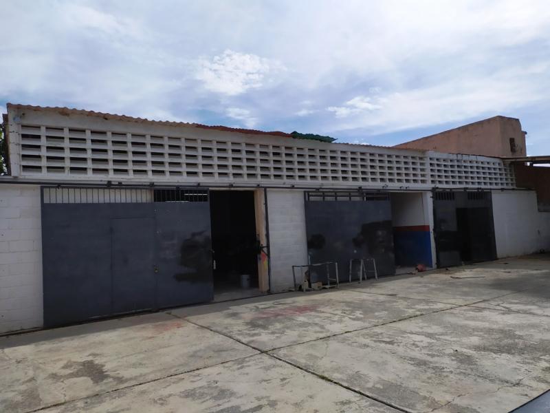 Naguanagua - Locales Industriales y Galpones