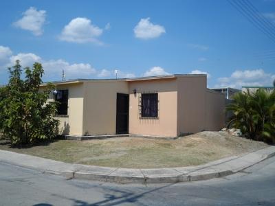 Excelente Oportunidad por Viaje / Venta Casa Esquina para Ampliar Terreno 160 mt2 / Conjunto Residencial Cerrado / Planta Agua Potable Propia