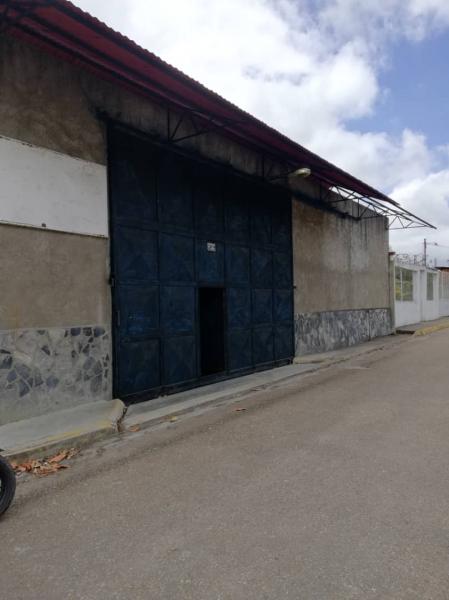 Caripe - Locales Industriales y Galpones