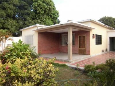 Se Vende casa en el Parcelamiento Miranda Sector F