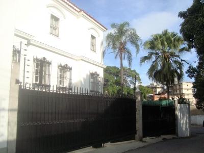 Venta de casa en La Florida ideal para embajadas