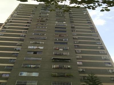 Apartamento en Calle 14 Los Jardines del Valle