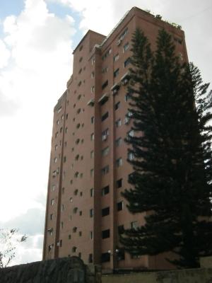 Lujoso Apartamento en Colinas de Santa Monica