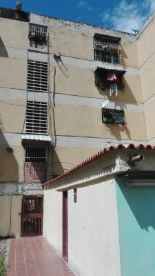 Apartamento en Caricuao UD5