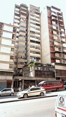 Venta apartamento bien ubicado centro norte de Caracas Cod 78-327
