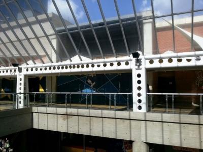 Amplio Local Comercial con Mezzanina en el CC El Recreo