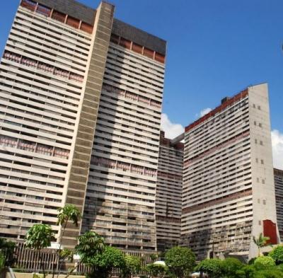 VENDO APARTAMENTO, Parque Central. Caracas