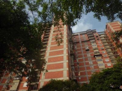 (EF) Apto. para la venta en Plaza Venezuela. 115 m2.