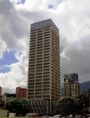 OFICINAS EN PLAZA VENEZUELA