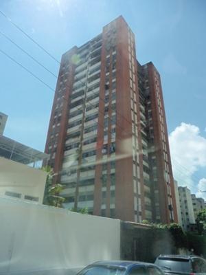 Apartamento en Venta en Av. Panteón