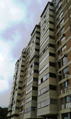 Apto., Urb. Colinas de La California, Caracas. Verlo es comprarlo...!!!