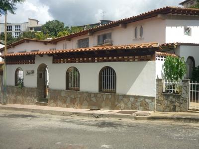 Casa en venta, Urb. Macaracuay, Municipio Sucre