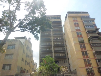 (V) Local para oficina en Los Dos Caminos. 131 m2. Canon Ref: 450