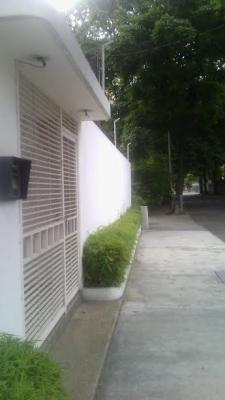 Apto El Rosal calle Ayacucho Cod 78-123