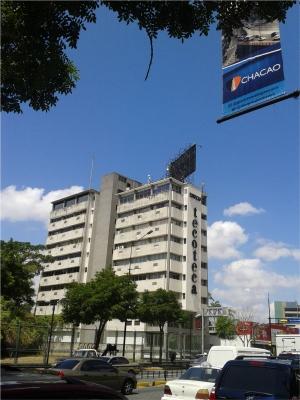 VENTA DE OFICINA EN LOS PALOS GRANDES