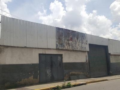 TERRENO-GALPON EN CHACAO