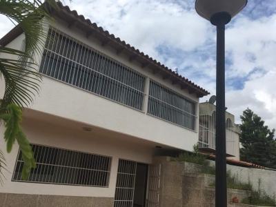 Venta casa quinta Colinas de Bello Monte Caracas