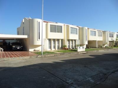 OFERTA DE LA SEMANA! VENDO BELLO TOWN HOUSE CONJUNTO RESID. PLAZA MEDITERRÁNEO, LOS OLIVOS