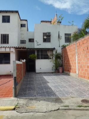 Townhouse Altos De Copacabana